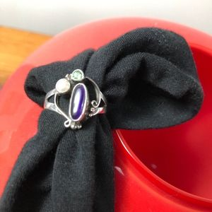 Beautiful sterling silver/stones ring